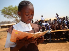 RtR African Girl Reading